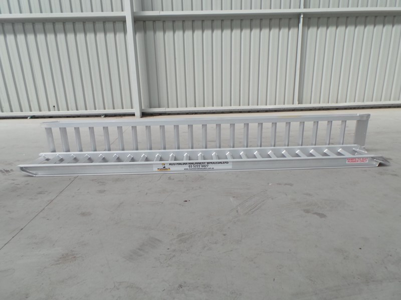 workmate 3 ton alloy loading ramps 10082 003