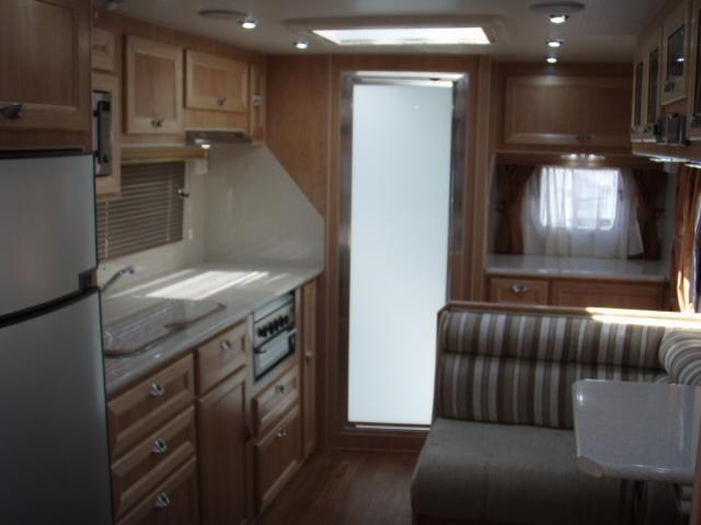 "traveller intrigue 18'6"" 'the tourer' 338900 033"