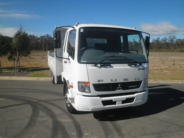 fuso fighter 1024 339438 002