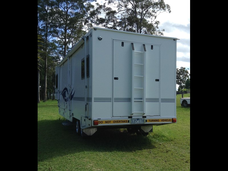 custom built 30ft fifth wheeler 342880 003