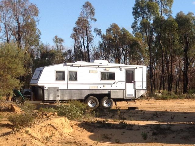 bushtracker off road caravan 343993 001