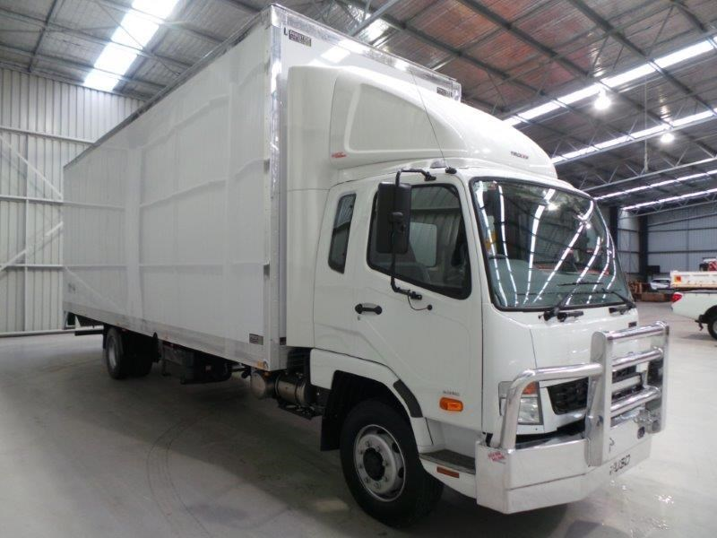 fuso fighter 1227 345346 011