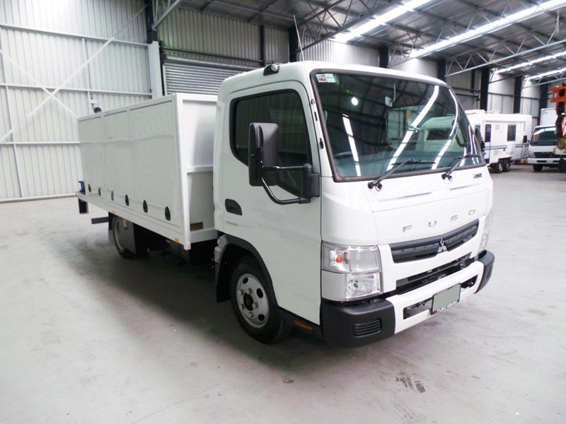 fuso canter 515 wide cab 345858 011
