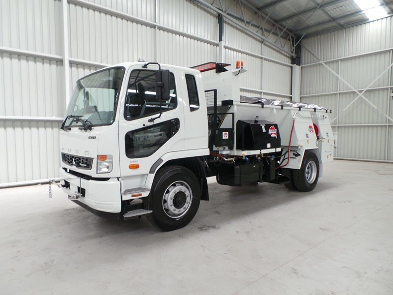 fuso fighter 1627 345802 001