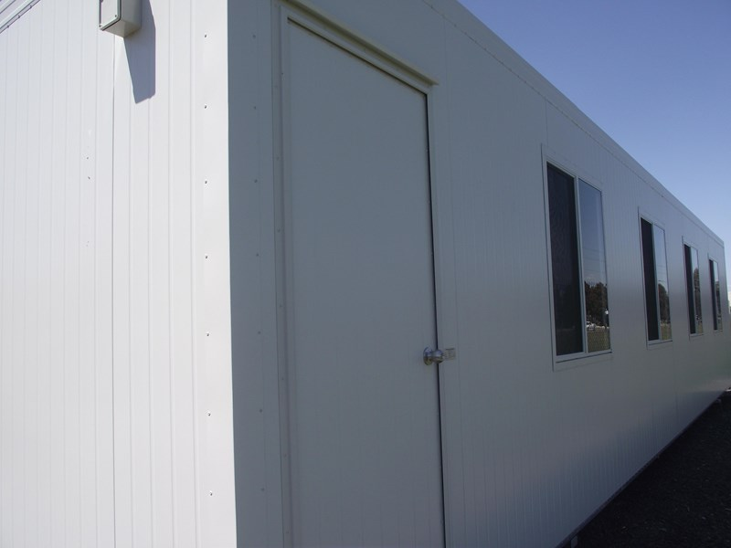 mcgregor 12m x 3m site office 347004 001