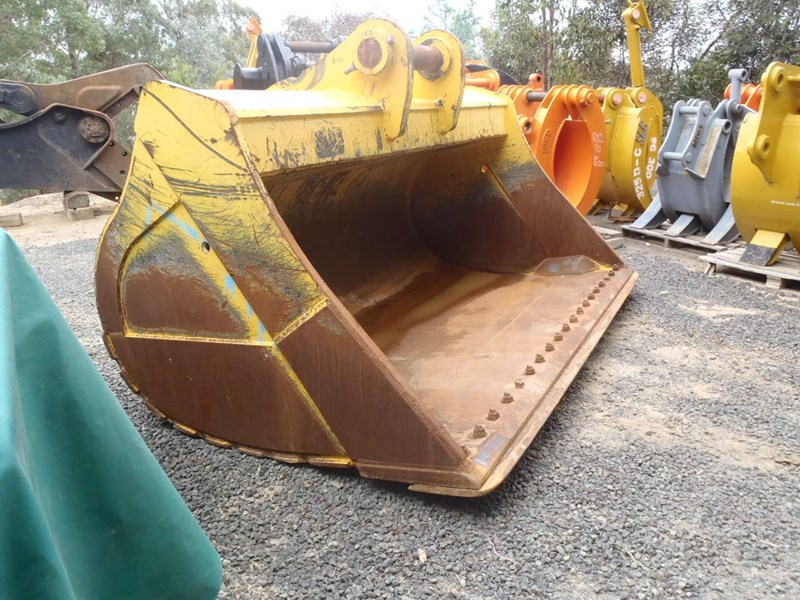custom 80 tonne mud bucket fits pc800 346955 005
