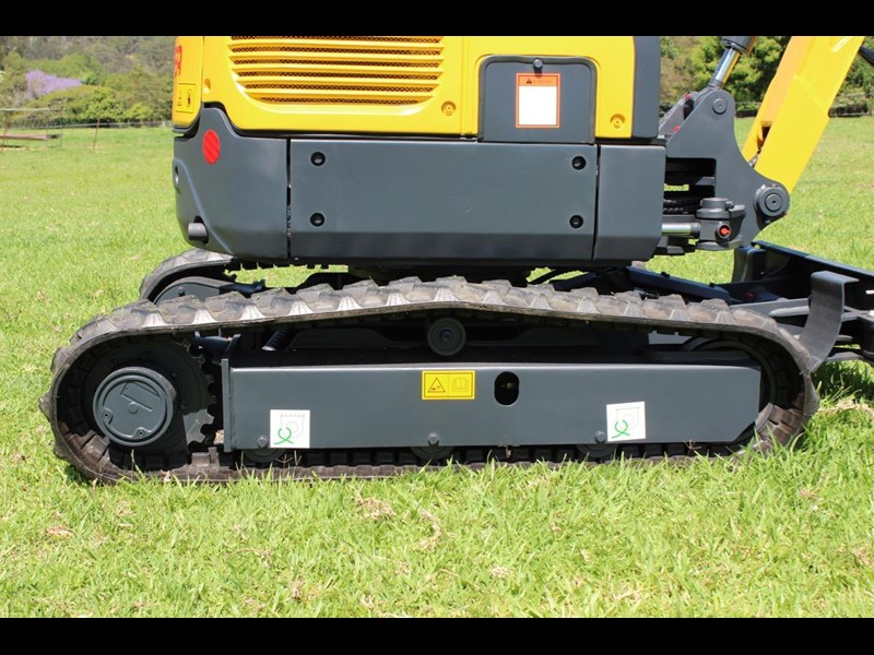 carter yanmar powered zero swing with plant trailer 349558 043