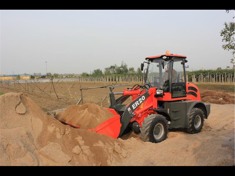 everun er20 wheel loader with 2 buckets and forks 349639 015