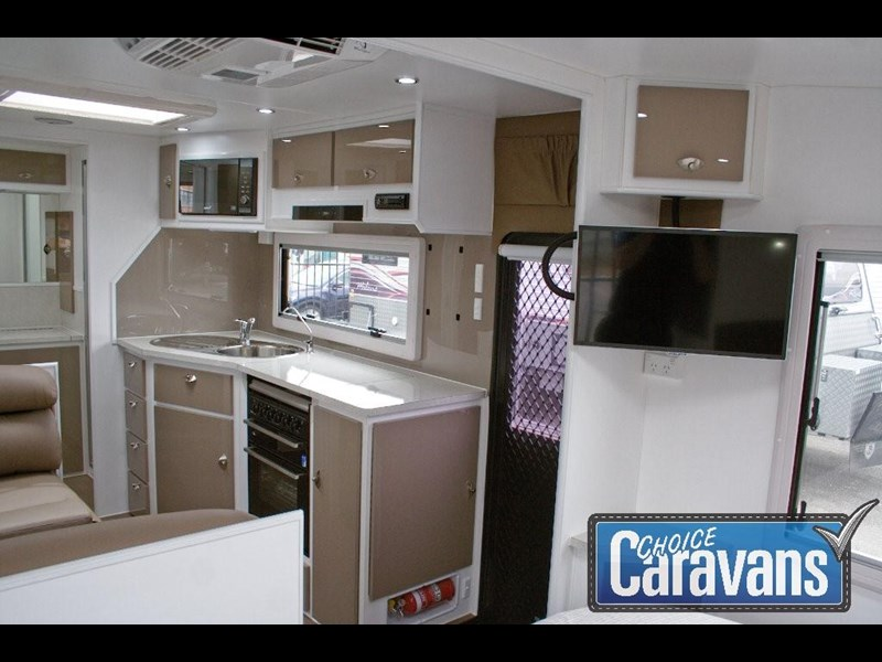 jb caravans dirt roader 20' 351565 011