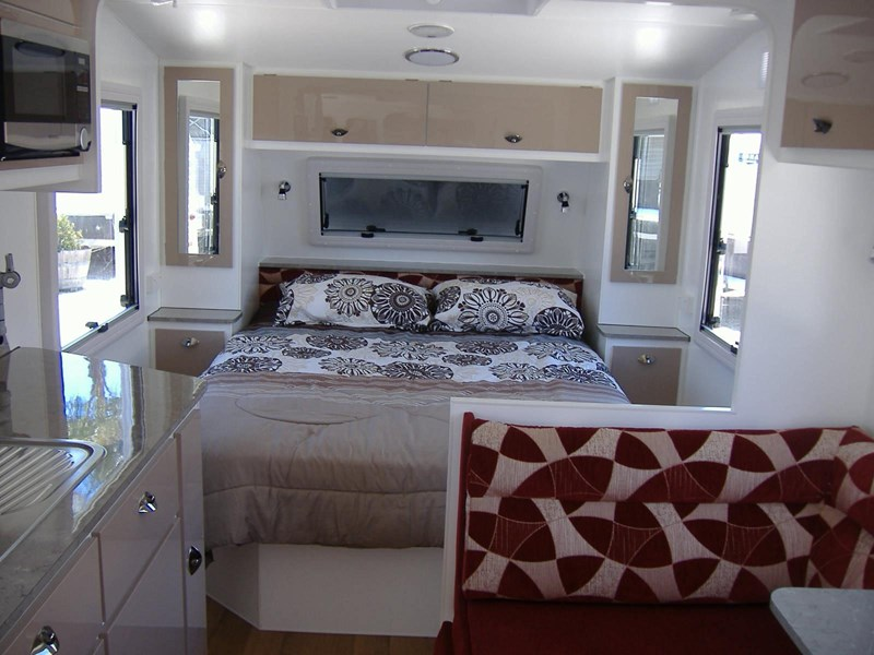 colorado caravans 21' summit full ensuite 353210 011