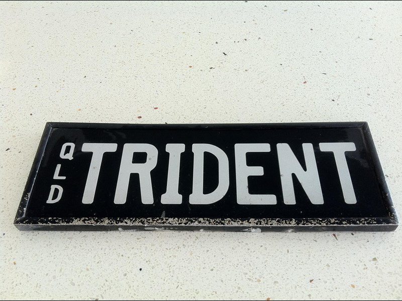 mack trident number plate 354264 001