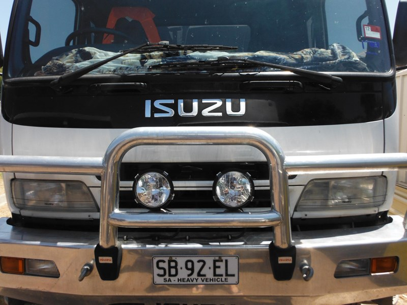 isuzu fvd950 long 354251 009