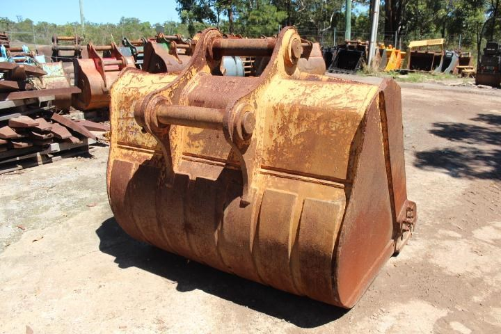 unknown 1700mm gp bucket 354780 003
