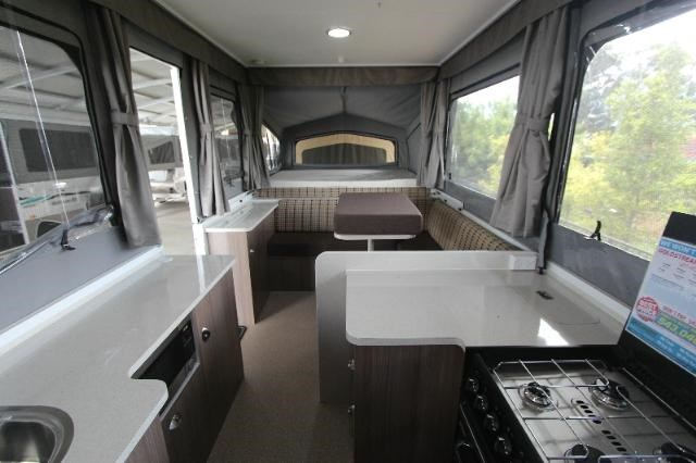 goldstream rv storm rl 353155 006
