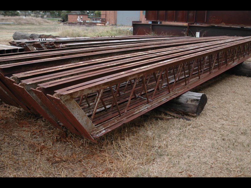 affordable portable buildings open truss beams 355956 001