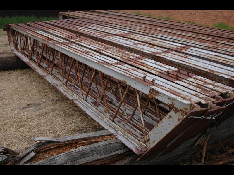 affordable portable buildings open truss beams 355956 007