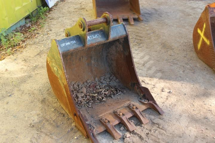 unknown 700mm gp trench bucket 356669 003