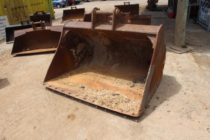 turners engineering 1800mm mud bucket 356686 001