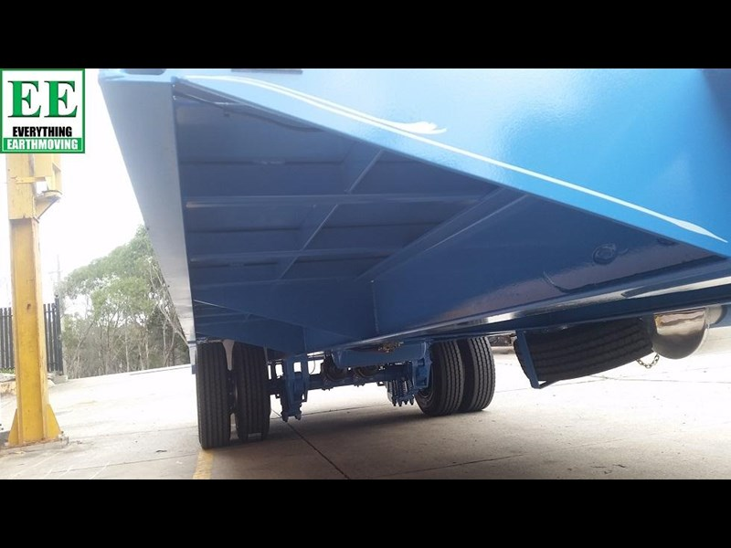 everything earthmoving 11t atm single axle tag trailer with beaver tail 357093 039