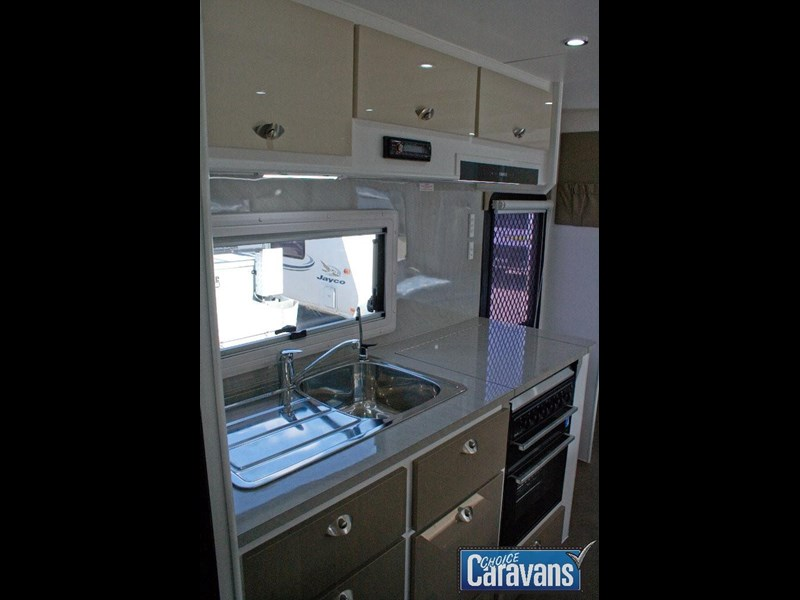 jb caravans dirt roader 19'9 358299 031