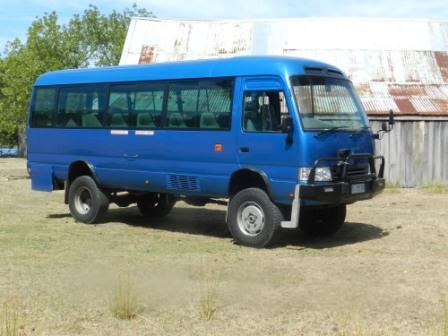 toyota coaster bus 358836 003