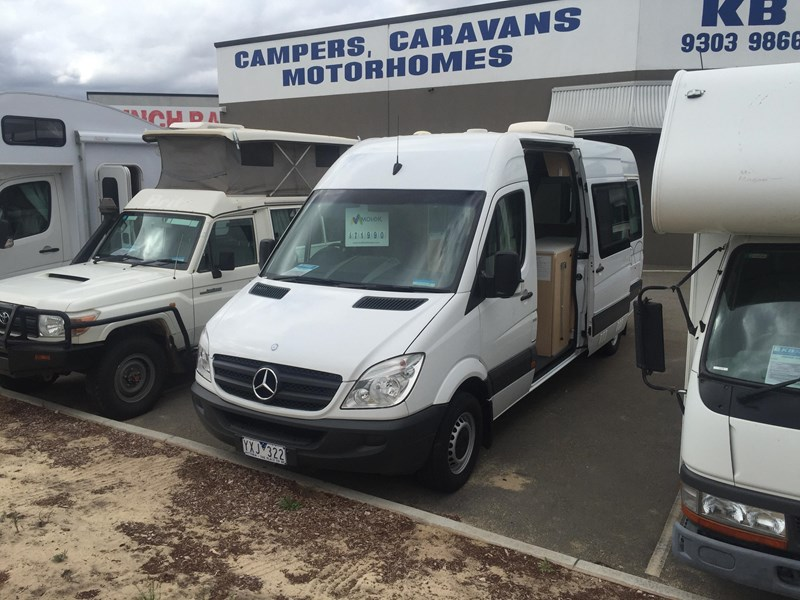 mercedes-benz sprinter 313cdi ultima 2 berth 359271 003