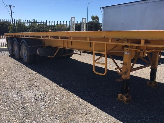 southern cross tri- axle 41ft flat top trailer 361521 003