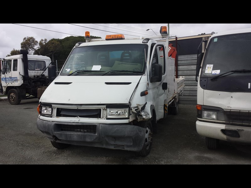 iveco daily 361895 003