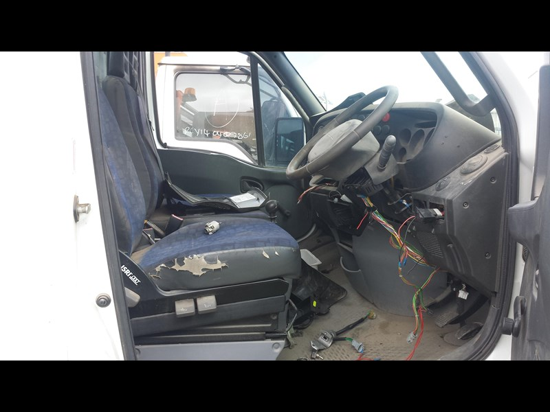 iveco daily 361895 011