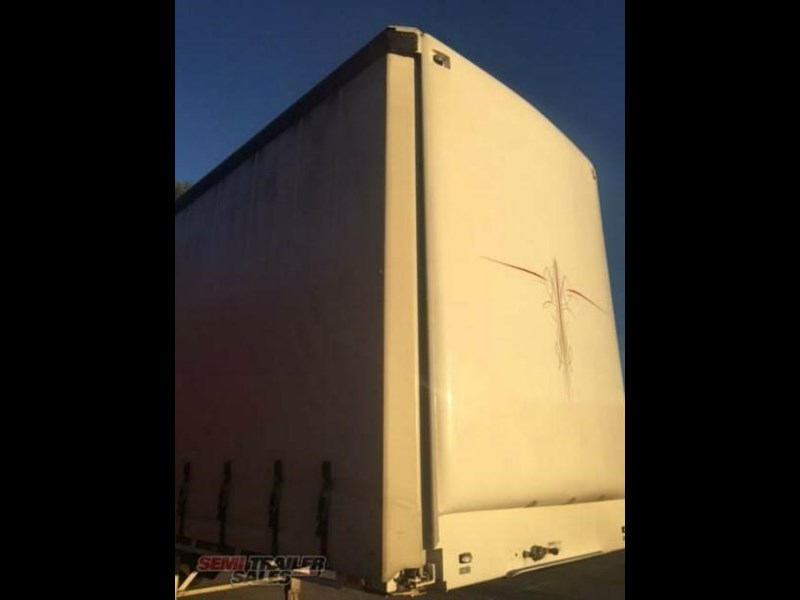 freighter semi 19m curtainsider b double set 307752 005