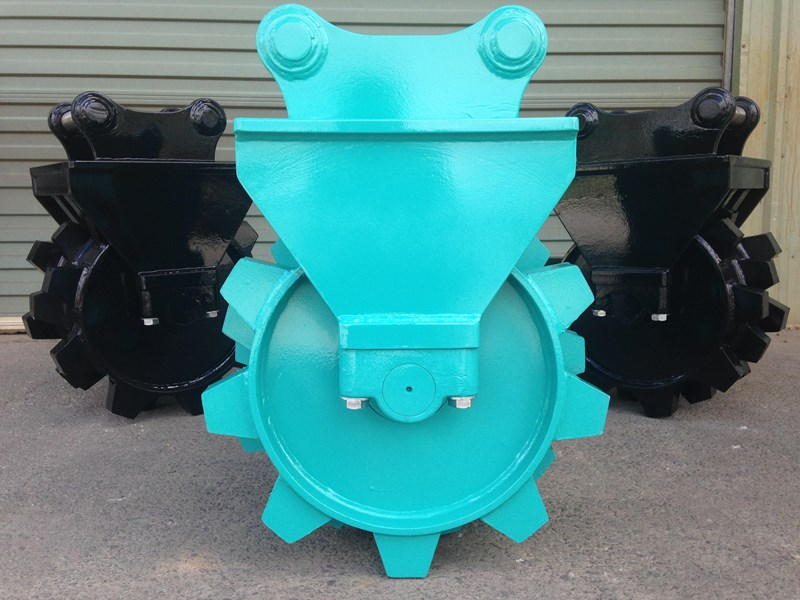 custom excavator compaction wheel 363402 001