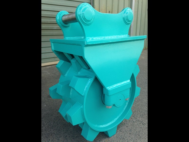 custom excavator compaction wheel 363402 003