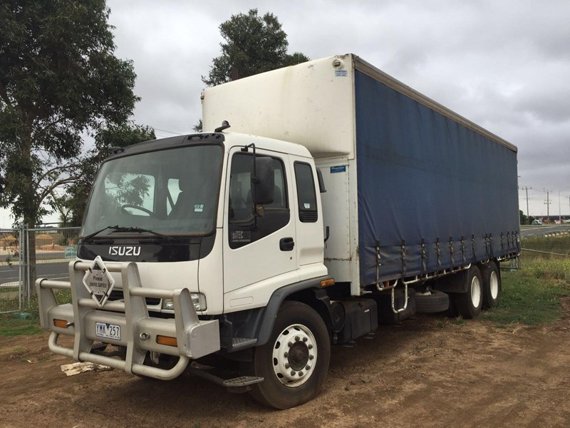 isuzu fvm1400 long 364828 001