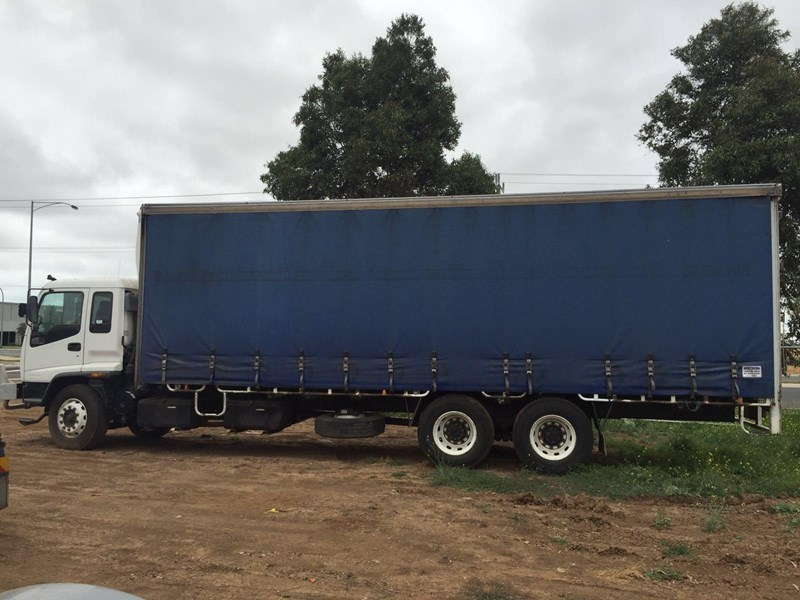 isuzu fvm1400 long 364828 005