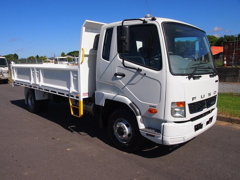 fuso fighter 1024 366000 029