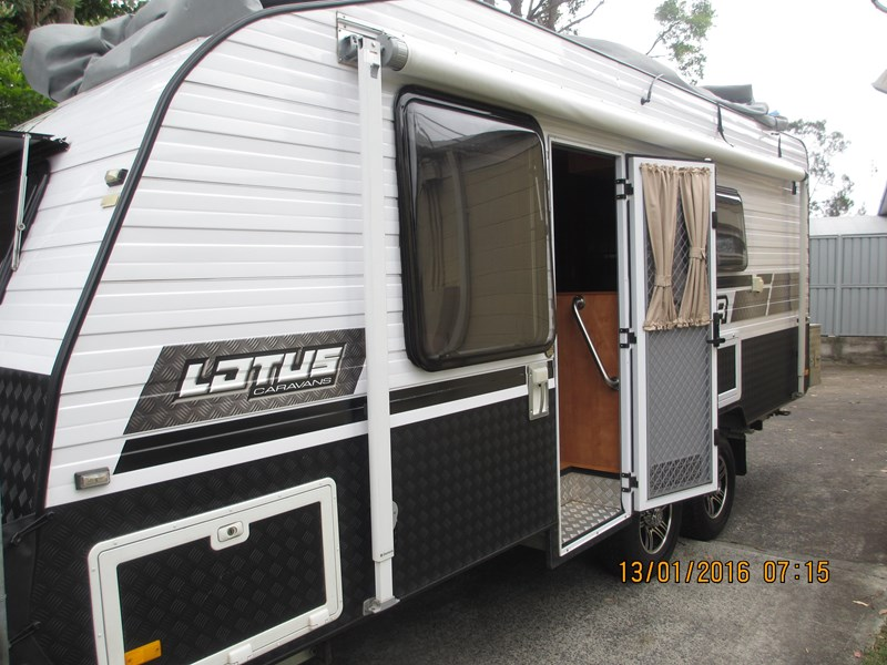"lotus caravans trooper 19'6"" 367378 003"