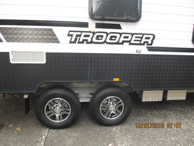 "lotus caravans trooper 19'6"" 367378 025"