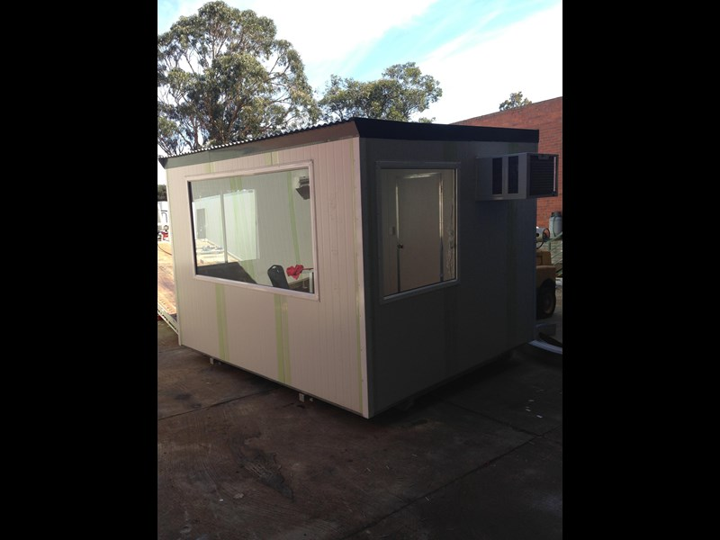 e i group portables 3.6m x 3m control room 371500 002