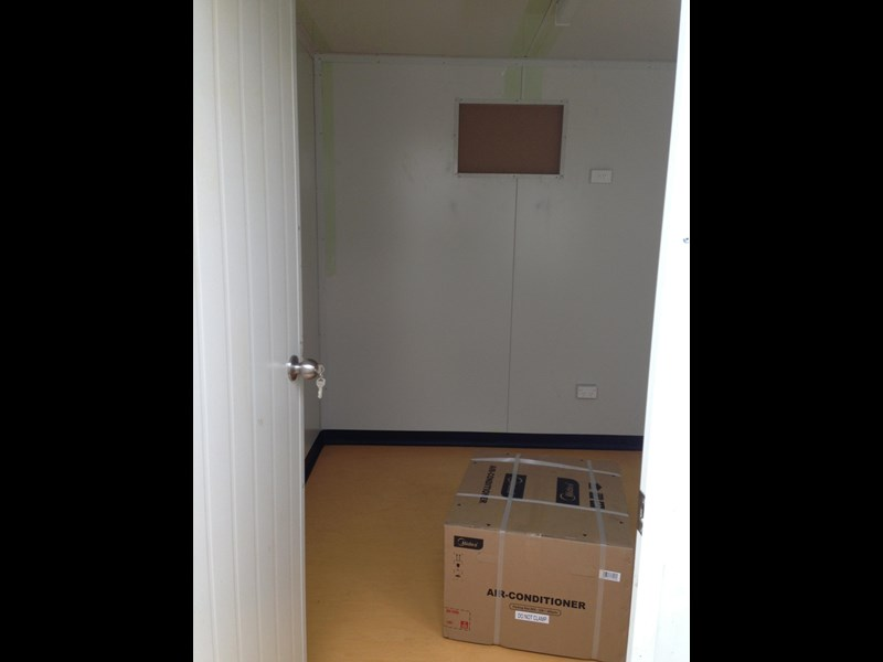 e i group portables 12m x 3m five room fully optioned 371509 007