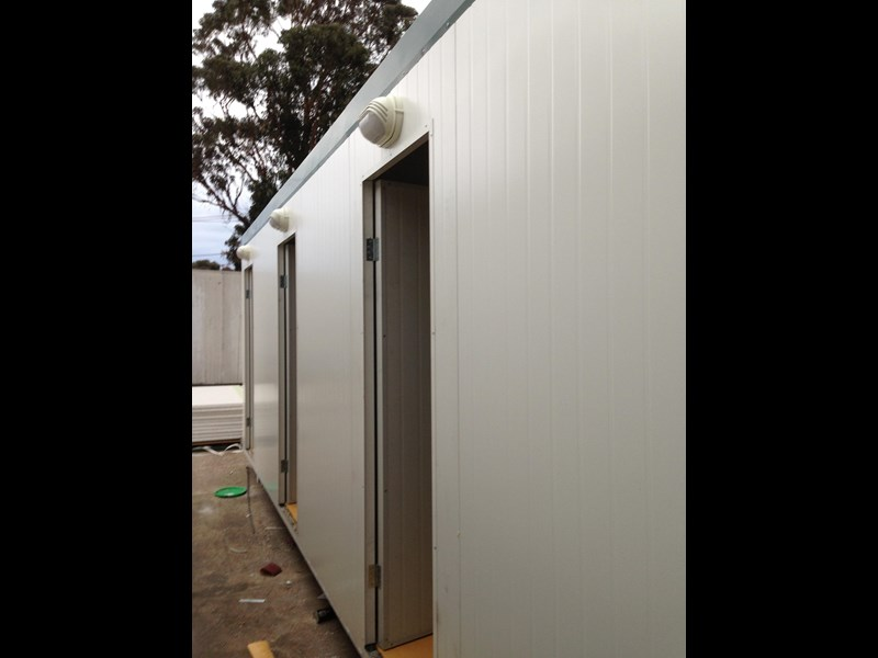 e i group portables 7.2m x 3m three room accommodation 371539 005