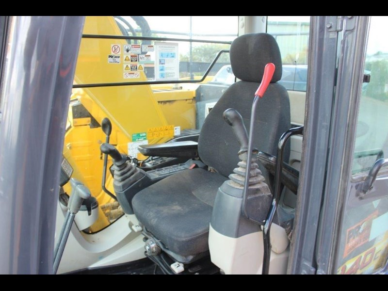new holland e140c 267912 031
