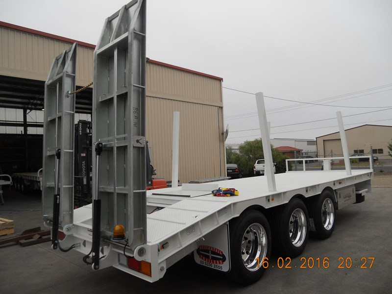beavertail tri axle 373287 014