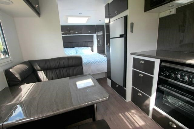 option rv distinction 373413 007