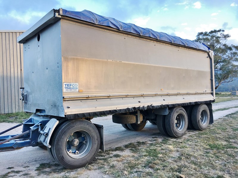 tefco 3 axle aluminium dog tipping trailer 373999 001