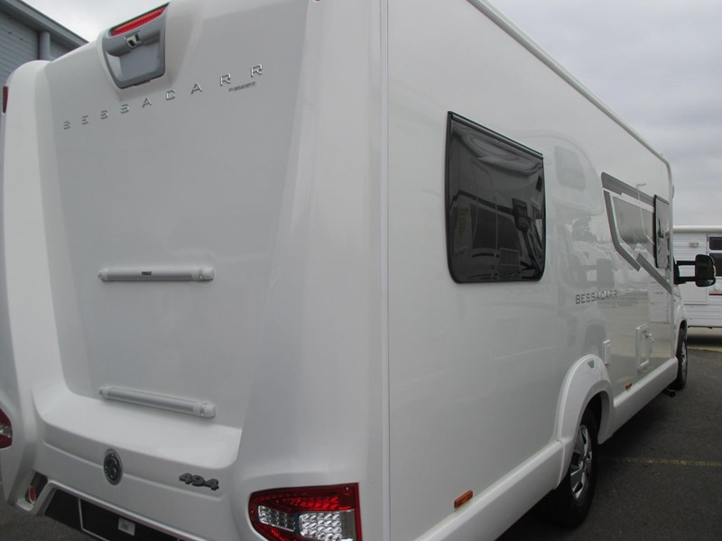 swift bessacarr 494 motor home 373644 002