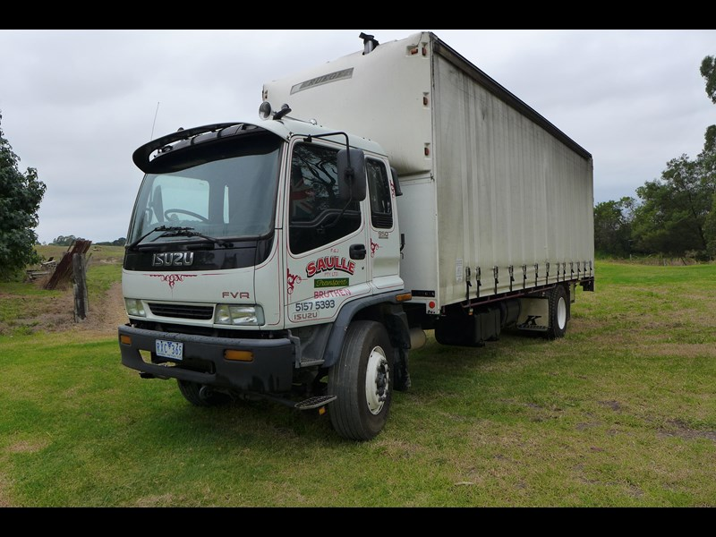isuzu fvr950 long 373971 001