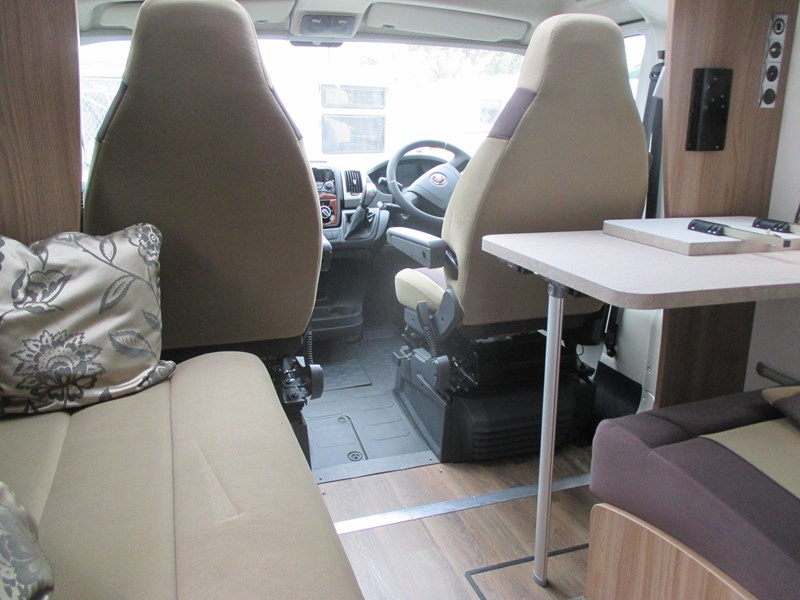 swift bessacarr 494 motor home 373644 012