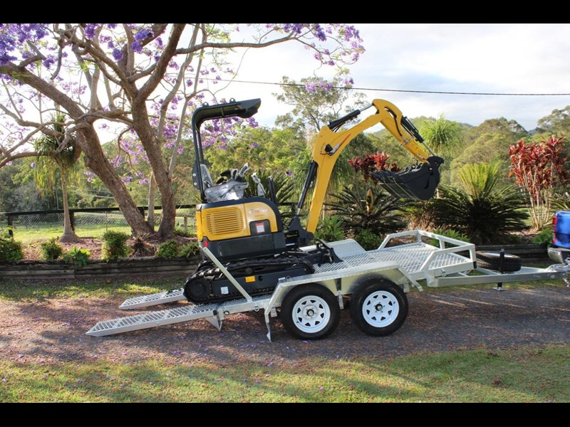 carter yanmar powered zero swing with plant trailer 374048 005