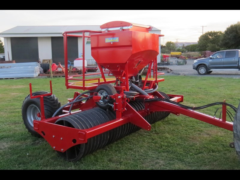 scimitar 3m roller with airseeder 374168 007