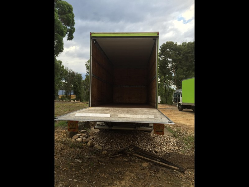banmere pig trailer 375765 011
